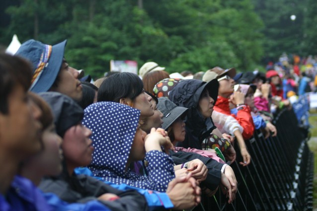 FUJI ROCK FESTIVAL CROWD